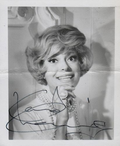 Carol-Channing-autograph-signed-memorabilia-Thoroughly-Modern-Millie-Hello-Dolly-Legends-Show-Girl-Lorelei-The-Vamp-Gentleman-Prefer-Blondes