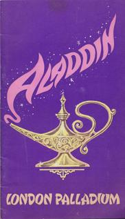 Cilla-Black-memorabilia-Aladdin-pantomime-stage-show-london-palladium-theatre-programme-Leslie-Crowther-Terry-Scott-Alfred-Marks-Basil-Brush-1970