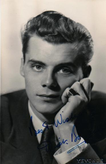 Dirk-Bogarde-Hollywood-movies-film-legend-autograph-signed-photo-cinema-memorabilia