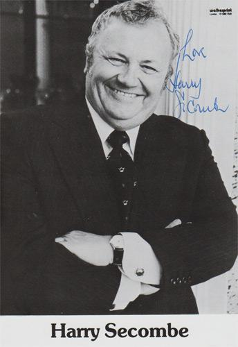 Harry-Secombe-autograph-signed-Goon-Show-memorabilia-goons-Neddie-Seagoon-Mr-Bumble-Oliver-Highway-Sir-Cumference-This-Is-My-Song-if-i-ruled-the-world