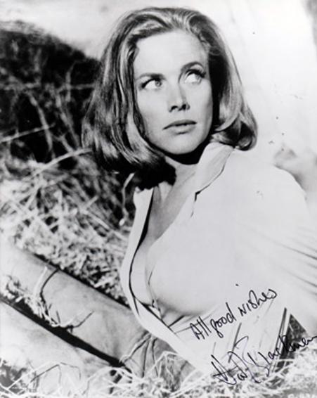 Honor-Blackman-autograph-signed-Goldfinger-film-memorabilia-james-bond-girl-007-pussy-galore-The-Avengers-Cathy-Gale-Shalako-Upper-Hand-signature