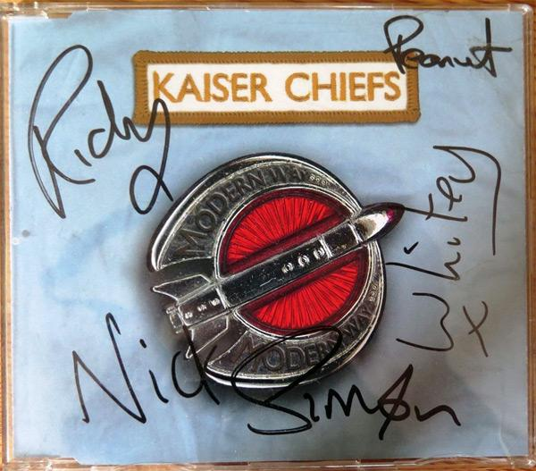 Kaiser-Chiefs-signed-Modern-Way-CD-Single-2005-Ricky-Wilson-Andrew-White-Whitey-Simon-Rix-Nick-Baines-Peanut-Nick-Hodgson-Employment-indie-rock-music-memorabilia