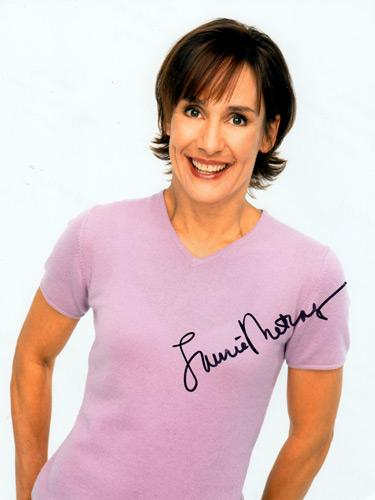 Laurie-Metcalf-signed-photo-roseanne-big-bang-theory-tv-memorabilia-television-jackie-mrs-cooper
