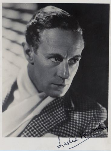 Leslie-Howard-Hollywood-movie-film-legend-autograph-signed-photo-memorabilia-cinema-gone-with-wind