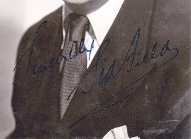 Sid-Field-autograph-signed-tv-theatre-movie-memorabilia-comedy-Slasher-Green-Cardboard-Cavalier--Harvey-Elwood-P. Dowd Strike a New Note Piccadilly Hayride London Town signature
