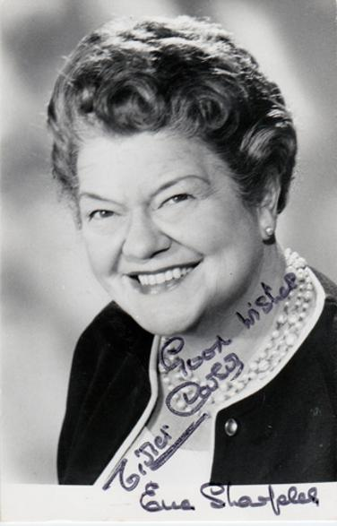 Violet-Carson-Ena-Sharples-Coronation-Street-autograph-signed-tv-soap-memorabilia-Children's-Hour-BBC-Radio-Have-A-Go-Granada-TV-studios-cinema-pianist-rover's return-corrie-weatherfield