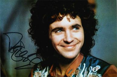 david-essex-autograph-david-essex-memorabilia-signed-hold-me-close-thatll-be-the-day-stardust-Godspell-Rock-On-Evita-Che-Life-Make-You-a-Star-Oh-What-a-Circus-Silver-Dream-Racer